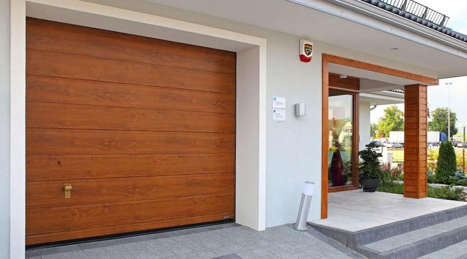 km-plast-rozwiązania-energooszczędne-bramy-garażowe-segmentowe-funkcjonalność-i-estetyka-najwyższa-jakość