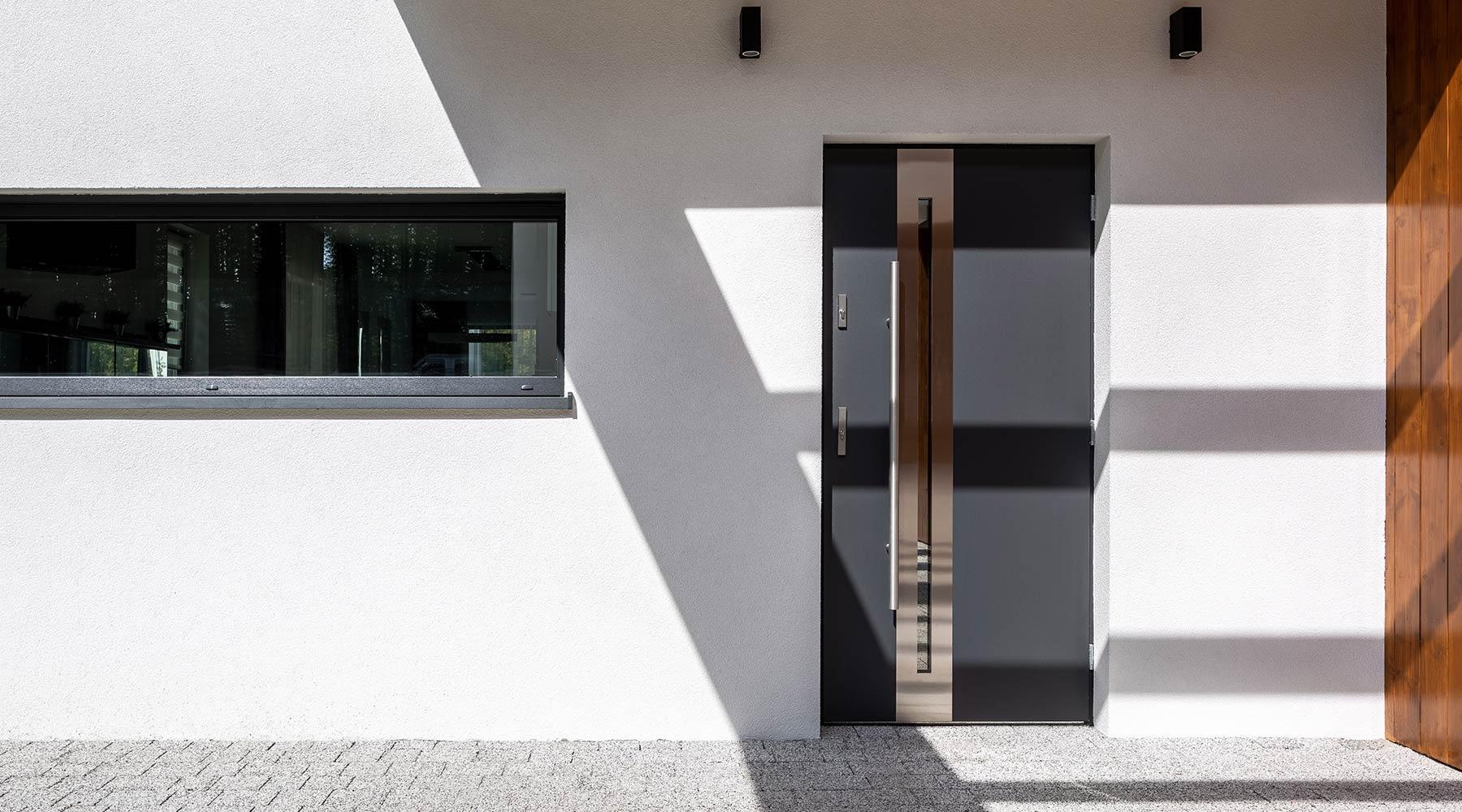 km-plast-rozwiązania-energooszczędne-drzwi-stalowe-odporność-trwałość-funkcjonalność-najwyższa-jakość
